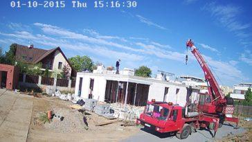 kamera na stavbě
